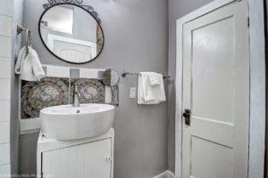 bathroom,historic,phoenix,,real,estate,district