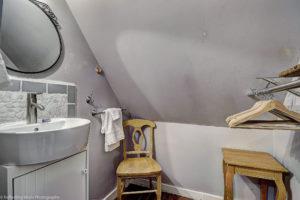 bathroom,phoenix,remodeled,historic,district,real,estate