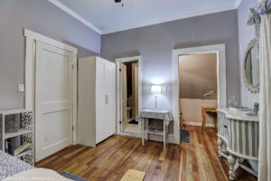 remodeled,historic,phoenix,district,bathroom,downtown