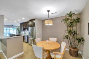 kitchen,dining,scottsdale,historic,home,neighborhood